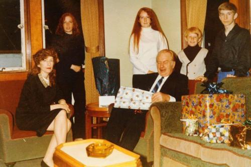 Ron e family